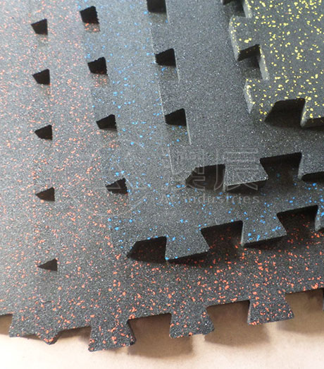 1402 Interlocking Speckled Rubber Tile