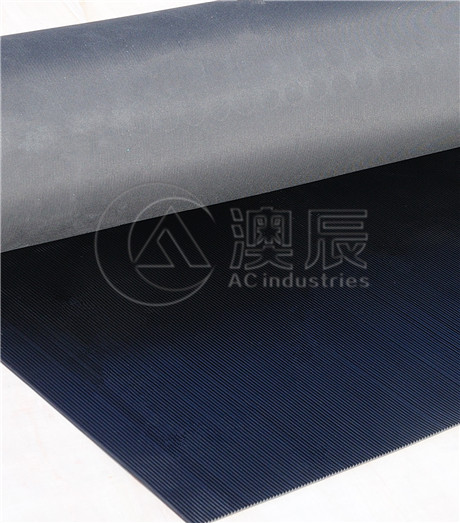 1314 Fine Ribbed Rubber Sheet