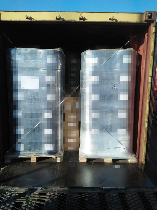 anti-slip pyramid rubber sheets1
