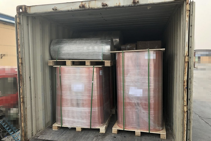 The rubber sheet flooring will be shipped to Europe