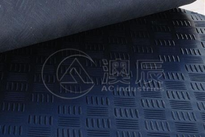The benefits of checker plate rubber sheet