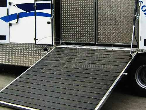 Trailer Rubber Mat Solution